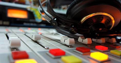 Terrorista acepta a Jesucristo tras escuchar mensaje del Evangelio por la radio